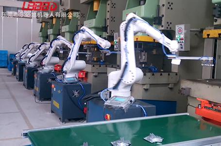 机床上下料机器人机械手臂客户现场运行案例