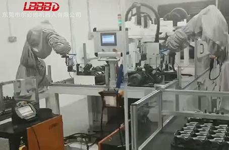 金属零部件打磨机器人打磨后再装配应用案例视频