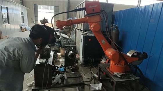 尔必地LBBBD焊接机器人焊接应用案例视频9